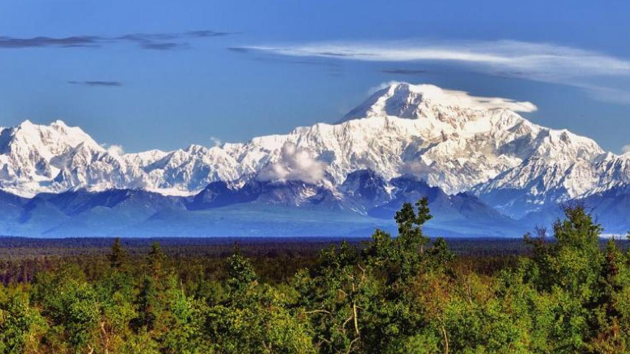 アラスカへの旅に役立つ 4 つのアイデア