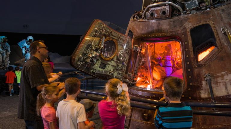 ヒューストン宇宙センター:テキサス州にある科学と宇宙の博物館での思い出づくり