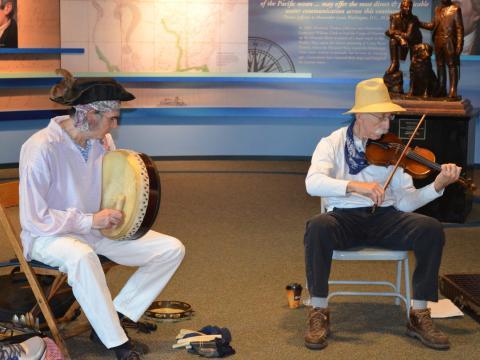 ルイス&クラーク・ミュージック・フェスティバルでの伝統的な音楽