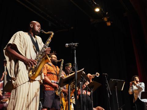 シカゴ・ジャズ・フェスティバルで流れるやさしいメロディー