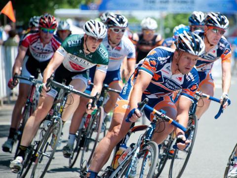 空軍協会サイクリングクラシックの出場者たち
