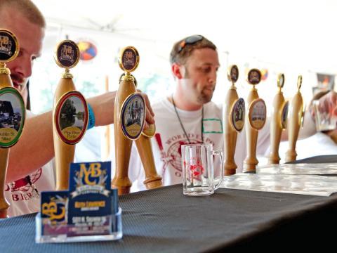 ワールド・エキスポ・オブ・ビアで味わうさまざまな種類のビール