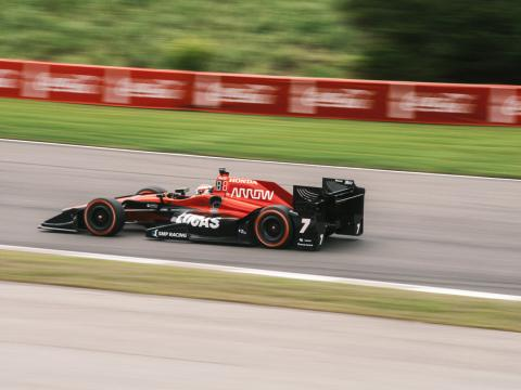 ホンダ・インディ・グランプリに出場する車