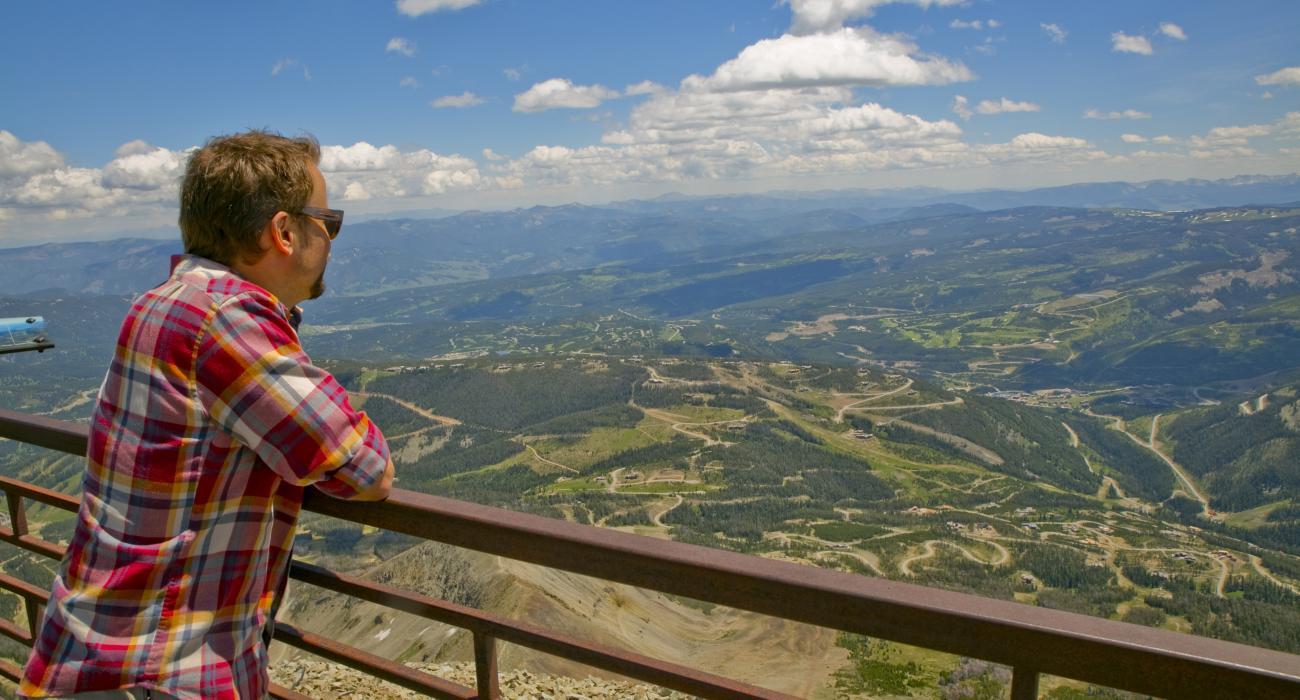モンタナ州イエローストーンカントリー 極上の自然美に囲まれて過ごす夢